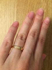 【カルティエ(Cartier)の口コミ】 結婚指輪を買うならカルティエかティファニーがいいなと考えていて、彼と両…