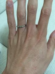 【銀座ダイヤモンドシライシの口コミ】 シンプルだが、デザイン性があり、今も歳をとってもカッコ良く付けれると…