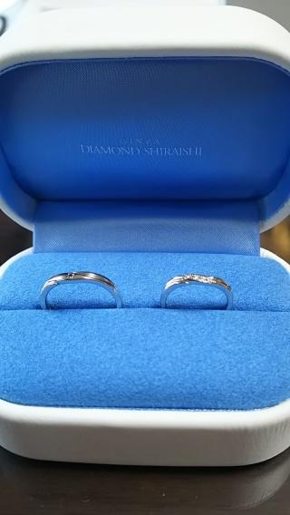 【銀座ダイヤモンドシライシの口コミ】 結構な数のリングを見せていただいたり、試着しましたが、選んだのは一番最…