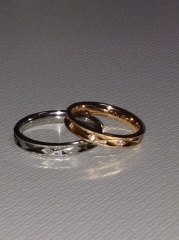 【FISCHER(フィッシャー)の口コミ】 ペアの指輪を見ても、女性は可愛いの沢山あるんですけど、男性指輪が輪っ…