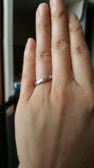 【ジュエリークラフトYAMAJIの口コミ】 いくつか店舗を周り、自分の指にはウェーブタイプが似合うと判断しました…