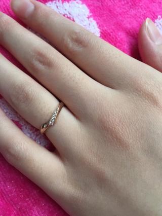 【LAPAGE(ラパージュ)の口コミ】 女性用でも細すぎない指輪を探しててぴったりの細さを見つけました。 ピン…