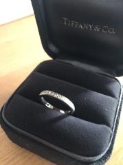 【ティファニー(Tiffany & Co.)の口コミ】 一生に一度の購入なので、とても悩みました。 最初から決めていた事が2点…