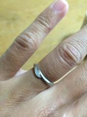 【4℃(ヨンドシー)の口コミ】 指輪購入の決め手は、好きなデザインのものが見つかったことです。またサ…