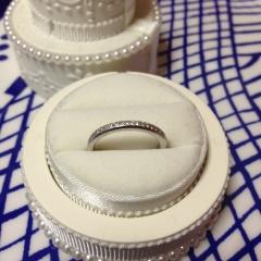 【ヴァンドーム青山(Vendome Aoyama)の口コミ】 ハーフエタニティであまりごつごつしていない指輪を探していました。小さい…