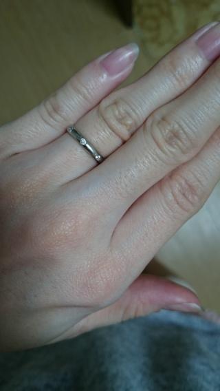 【カルティエ(Cartier)の口コミ】 私の指が細いこともあり、はめてみると ごつく見えてしまったり、指にあっ…