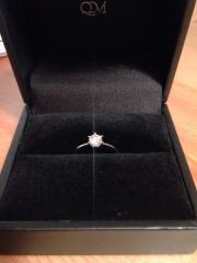 【レイジースーザン(LAZY SUSAN)の口コミ】 一粒ダイヤ、0.3c以上でカットで等級はexcellentものを探していました。特…