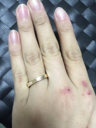 【カルティエ(Cartier)の口コミ】 細めの指輪が似合わない指だったのでしっかりした存在感のある指輪がよく…