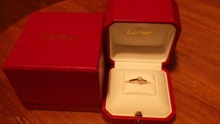 【カルティエ(Cartier)の口コミ】 「婚約指輪はカルティエ!」と決めていたので、今の旦那にお願いして一緒に…