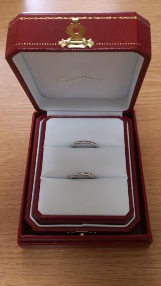 【カルティエ(Cartier)の口コミ】 結婚指輪は毎日使うので、一番の決め手は装着感(使用感)でした。 角がなく…