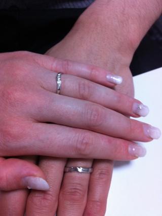 【俄(にわか)の口コミ】 水嶋ヒロと、絢香の結婚指輪ですよ、とお店の方に聞いて、デザインも可愛か…