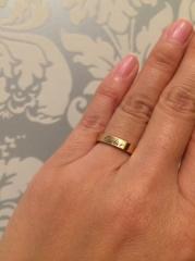 【カルティエ(Cartier)の口コミ】 婚約指輪と一緒に結婚指輪を探していました。カラーは絶対にピンクゴールド…