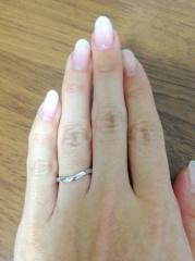 【カルティエ(Cartier)の口コミ】 これから長くつけるものなのでシンプルでいい指輪を探していました。 カー…