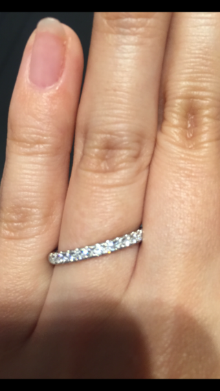 【エクセルコダイヤモンド(EXELCO DIAMOND)の口コミ】 ダイヤモンドの輝きに一目惚れしました!!3回ほどひとりで通い、4回目に…