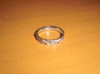 【シャネル(CHANEL)の口コミ】 自分たちが指輪を決める上で重視したのは、値段とデザインのバランスでした…