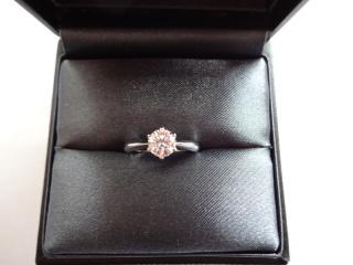 【ラザール ダイヤモンド(LAZARE DIAMOND)の口コミ】 ダイヤモンドの輝きが一番の決め手です。ティファニー、カルティエ、デビア…