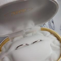 【NOMOTO(ノモト)の口コミ】 鍛造では珍しい5mmの細いリングで 細いのに丈夫なのと 6.5号と半端なサイ…