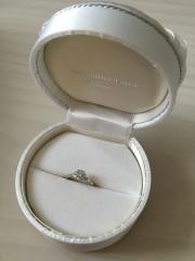 【サマンサティアラブライダル(Samantha Tiara Bridal)の口コミ】 婚約指輪は、石が大きいだけでオシャレじゃなというイメージがありました…