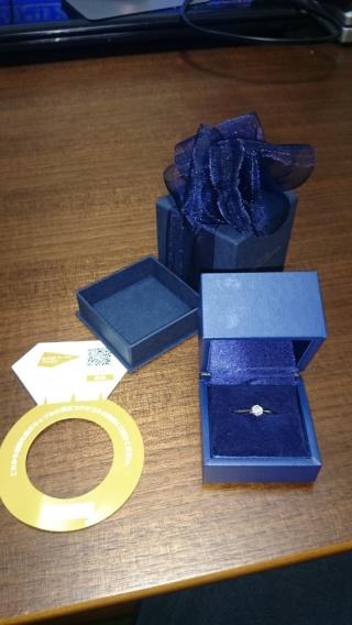 【銀座ダイヤモンドシライシの口コミ】 エバーアフターの響き、意味に惹かれて購入を決めました。手を繋いでいる…