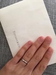 【ティファニー(Tiffany & Co.)の口コミ】 普段お洒落をした時につけている指輪とは違い毎日身に付ける物なので、付け…