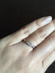 【エクセルコダイヤモンド(EXELCO DIAMOND)の口コミ】 婚約指輪を購入しなかったので、それに匹敵するような指輪を探していました…