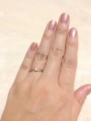 【4℃(ヨンドシー)の口コミ】 ダイヤの質も輝きもカットも、とても良いのに値段もリーズナブルです。永…
