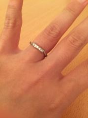 【4℃(ヨンドシー)の口コミ】 普段から毎日つけておく結婚指輪ですが、日頃から目に入れたときにテンシ…