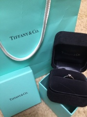 【ティファニー(Tiffany & Co.)の口コミ】 頂いたものなので決め手はなかったですが、デザインはとてもシンプルでかつ…