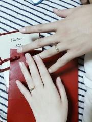【カルティエ(Cartier)の口コミ】 ずっと憧れだったラブリングですがプラチナだとかなり高くなるので諦めて…