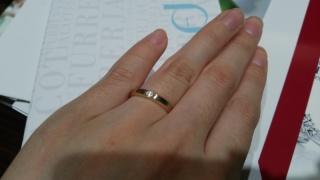 【フラー・ジャコー(FURRER-JACOT)の口コミ】 着け心地がとても滑らかでした。 結婚指輪となると長時間・長期間身に着け…