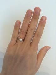 【ティファニー(Tiffany & Co.)の口コミ】 ティファニーの婚約指輪を旦那さんよりサプライズでもらいました。ブルガリ…