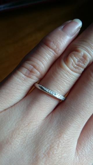【銀座ダイヤモンドシライシの口コミ】 スタッフさんの対応がひじょうによく、信頼することができました。私の好み…