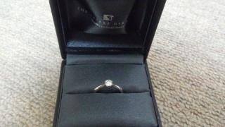 【ラザール ダイヤモンド(LAZARE DIAMOND)の口コミ】 七色の光を放つ一粒石のダイヤモンドをあしらった指輪に決めました。また、…