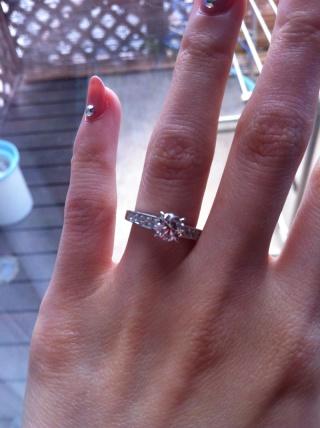 【カルティエ(Cartier)の口コミ】 デザインに一目惚れでした。様々なブランドの指輪を見ましたが、飽きもこな…