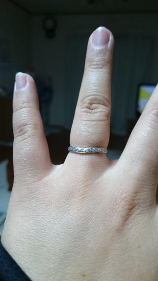 【Cafe Ring(カフェリング)の口コミ】 旦那とペアリングで探していました。 旦那の指が太くてなかなか入る物が無…