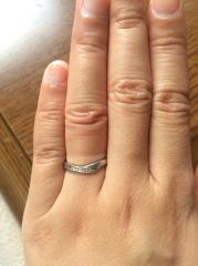 【4℃(ヨンドシー)の口コミ】 選んだ理由は、指を少しでも長く見せたくて店員さんに相談したらシンプル…