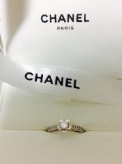 【シャネル(CHANEL)の口コミ】 いかにも、というような指輪のデザインでなく、できるだけ普段でもつけれる…