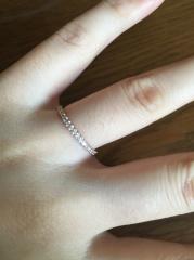【ジュエリーツツミ(JEWELRY TSUTSUMI)の口コミ】 旦那さんが結婚前に婚約指輪としてプレゼントしてくれました。決めてはや…
