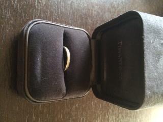 【ティファニー(Tiffany & Co.)の口コミ】 婚約指輪をなしにしたため、結婚指輪にダイヤを熱望しました(笑)。幅が…
