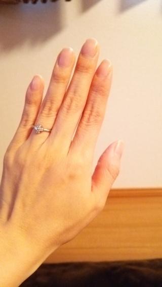 【ティファニー(Tiffany & Co.)の口コミ】 以前、ティファニーの指輪を見たとき、素敵なデザインが沢山あったので婚…