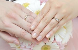 【ケイウノ ブライダル(K.UNO BRIDAL)の口コミ】 婚約指輪は彼がオーダーメイドで一年程前からケイ・ウノで職人さんたちと…