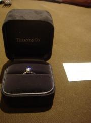 【ティファニー(Tiffany & Co.)の口コミ】 遊びに行く感覚で夫とジュエリー売り場に行っていくつかのブランドを見た…