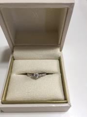 【ヴァンドーム青山(Vendome Aoyama)の口コミ】 普段あまり指輪をつける習慣がないため、シンプルでなるべく細いものが希望…
