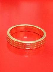 【エルメス(HERMES)の口コミ】 まず指輪については旦那に色々なデザインを見てもらう事から始めました。(…