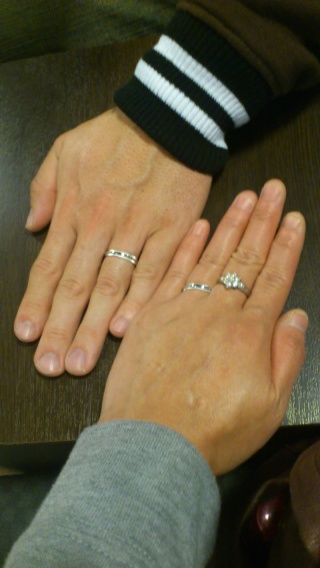 【ティファニー(Tiffany & Co.)の口コミ】 もともと指が太く、色黒なので、金色のリングが似合わず、プラチナで探して…