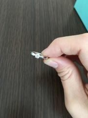 【ティファニー(Tiffany & Co.)の口コミ】 いろんなデザインの中で、自分の指にはめたときに一番しっくりきました。…