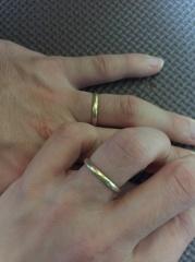 【NIESSING(ニーシング)の口コミ】 まずは素材が一般的な指輪と違いゴールドなので、友人などと同じになること…