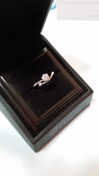 【アイプリモ(I-PRIMO)の口コミ】 ダイヤとピンクダイヤがついた可愛いデザインで、ぱっと目をひく形が気に…