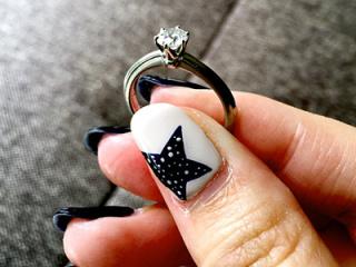 【ティファニー(Tiffany & Co.)の口コミ】 正直、一生に一度のことなのでハリーウィンストン等の指輪も気になりまし…