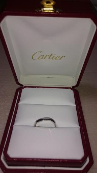 【カルティエ(Cartier)の口コミ】 結婚指輪は飽きがこないで、長く使えるものが良かったので、なるべくシン…